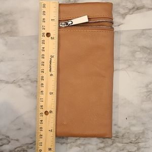 Folding wallet, snaps closed